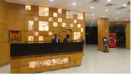 Sandhya Hotel - 海得拉巴 - 柜台