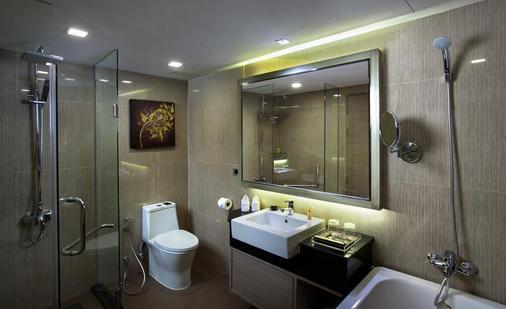 瑞士公园酒店 - 曼谷 - 浴室