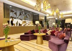 巴塞罗皇家海滩酒店 - 阳光海滩 - 大厅