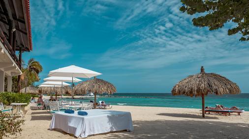 弗洛里斯套房水疗酒店及海滩俱乐部 - 威廉斯塔德 - 海滩