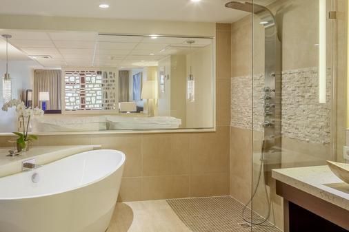 弗洛里斯套房水疗酒店及海滩俱乐部 - 威廉斯塔德 - 浴室