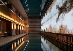 巴黎诺林斯基酒店 - 巴黎 - 游泳池
