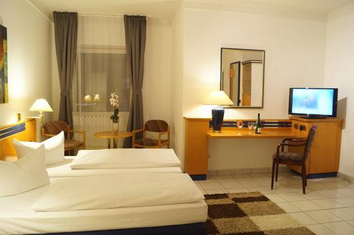 拉什霍夫酒店 - 汉堡 - 睡房