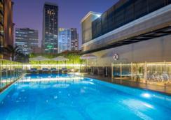 曼谷素坤逸维尔酒店 - 曼谷 - 游泳池