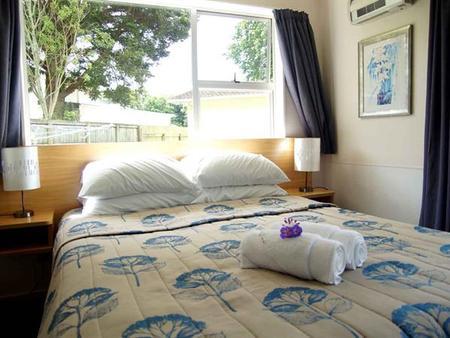 旺格努伊河十大假日公园酒店 - 旺阿努伊 - 睡房