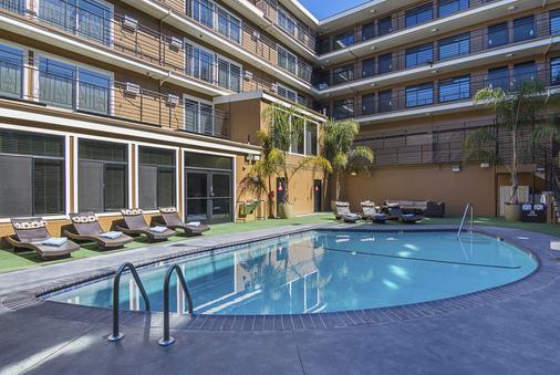 达芬奇别墅酒店 - 旧金山 - 游泳池
