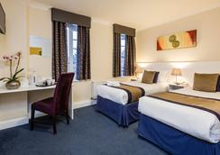 国王属地酒店 - 伦敦 - 睡房