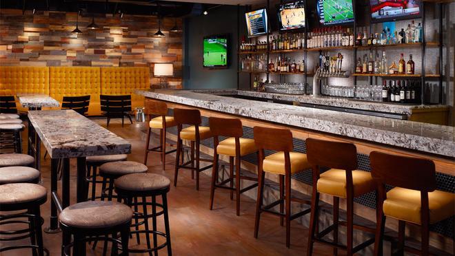塞韦林欧姆尼酒店 - 印第安纳波利斯 - 酒吧