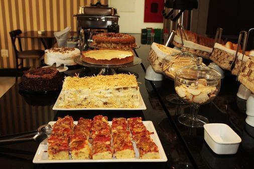 艾克欧斯高级酒店 - 阿雷格里港 - 食物