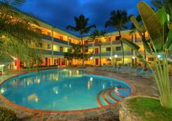 阿库埃里姆套房度假酒店 - 圣多明各 - 游泳池