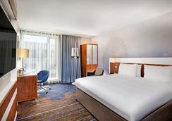 伦敦塔希尔顿逸林酒店 - 伦敦 - 睡房