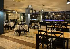 伊洛丝酒店 - 扎科帕内 - 餐馆