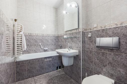 太阳神酒店 - 扎科帕内 - 浴室
