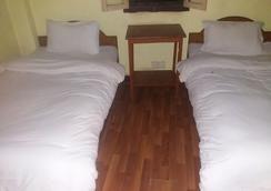 尼泊尔国王的土地酒店 - 加德满都 - 睡房