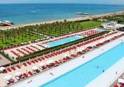 亚当夏娃酒店 - 式 - 限成人 - 贝莱克 - 游泳池