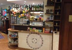 卡丽歌拉度假村 - 罗马 - 酒吧