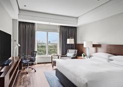 马尼拉万豪酒店 - 马尼拉 - 睡房