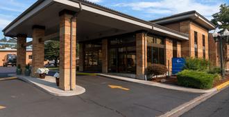 蔚蓝汽车旅馆 - 正在运营的Y汽车旅馆 - 克拉马斯福尔斯