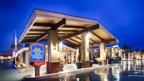贝斯特韦斯特洪堡湾酒店 - 尤里卡 - 建筑