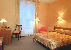 海神商务酒店 - 圣彼德堡 - 睡房