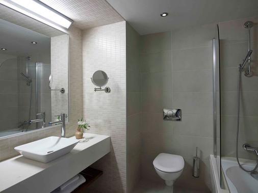白垩马里斯海滩度假酒店 - 赫索尼索斯 - 浴室