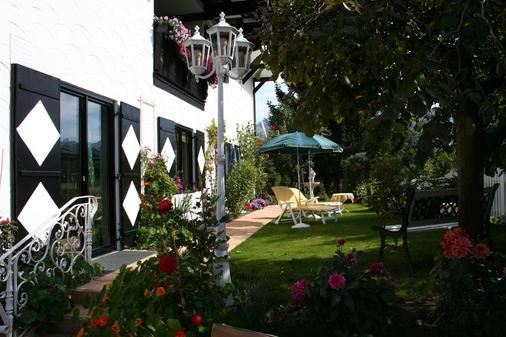 齐默尔曼加尼木屋酒店 - 基茨比厄尔 - 户外景观