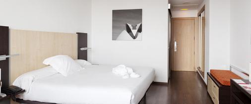 伊鲁尼阿奎拉4号康福特尔酒店 - 巴伦西亚 - 睡房