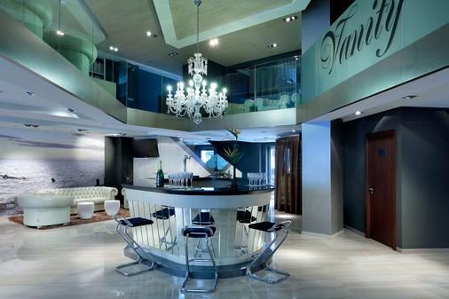 Sb伊卡利亚巴塞罗那酒店 - 巴塞罗那 - 酒吧