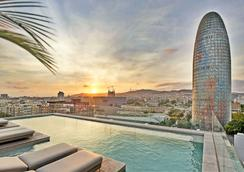 SB格劳-苏普酒店 - 巴塞罗那 - 游泳池