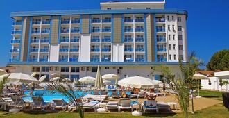 我的爱琴海之星酒店 - 库萨达斯 - 建筑