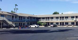圣何塞机场中央6号汽车旅馆 - 圣何塞 - 建筑