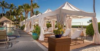 日晷海滩Spa度假酒店 - 萨尼贝尔岛 - 露台