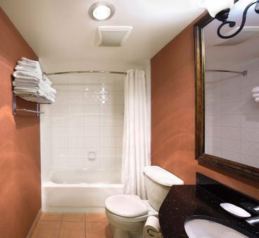 日落套房酒店 - 温哥华 - 浴室