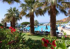 Grand Muthu Oura View Beach Club - 阿尔布费拉 - 户外景观