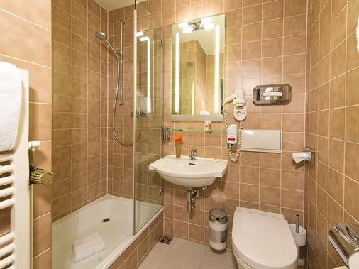 慕尼黑莱昂纳多酒店&公寓 - 慕尼黑 - 浴室