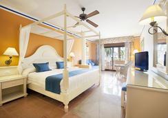 蓬塔卡纳巴希亚普林西比超豪华度假村 - 蓬塔卡纳 - 睡房