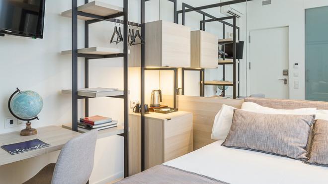 德尼特巴塞罗那酒店 - 巴塞罗那 - 睡房
