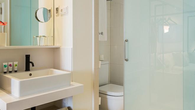 德尼特巴塞罗那酒店 - 巴塞罗那 - 浴室