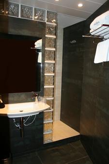 加尔比密列尼酒店 - 巴塞罗那 - 浴室