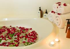 Royal Phuket City Hotel - 普吉岛 - 浴室