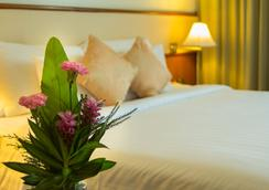 Royal Phuket City Hotel - 普吉岛 - 睡房