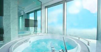 大阪万豪都酒店 - 大阪 - 游泳池