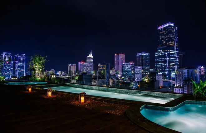 兰兰2号酒店 - 胡志明市 - 游泳池
