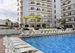 马克弗特格列戈饭店 - 式 - 托雷莫利诺斯 - 游泳池
