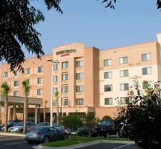 彭萨科拉市中心万豪万怡酒店