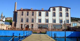 巴卡坎奥特尔酒店 - 艾瓦勒克 - 建筑