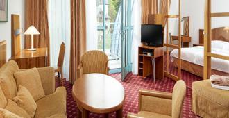 玛丽亚温泉水晶奥雷阿 Spa 酒店 - 玛丽亚温泉市 - 客厅