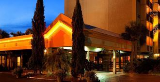 新奥尔良机场温德姆花园酒店 - 梅泰里