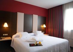 阿格斯汀诺酒店 - 潘普洛纳 - 睡房