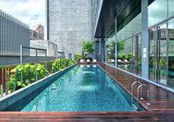 新加坡乌节路优特尔酒店 - 新加坡 - 游泳池